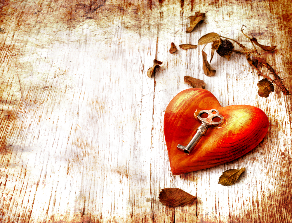 engagement ring key to heart
