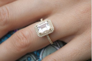 buying-an-engagement-ring-300x200