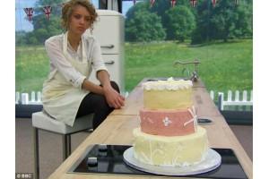 Wedding Cake Decider in Bake Off Final